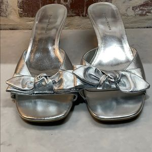 Etienne aigner silver heel